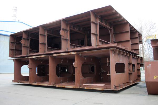 Суднобудівна верф «НІБУЛОНа» уже зібрала закладні секції нового несамохідного судна проєкту В5000М