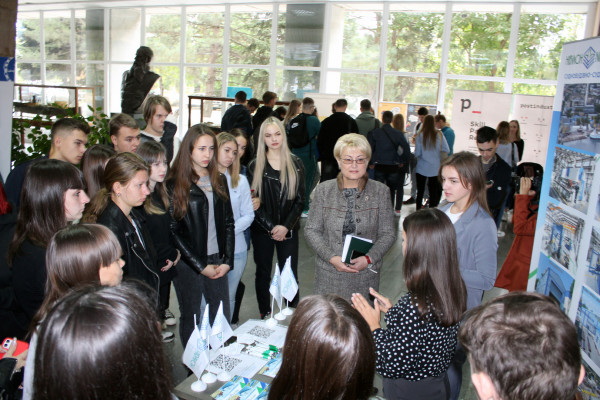 «НІБУЛОН» запрошує молодь до команди професіоналів