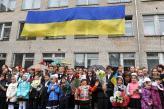 «НІБУЛОН» привітав зі святом останнього дзвоника миколаївські школи